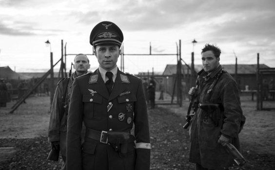 """「小さな独裁者」""""Der Hauptmann"""" aka """"The Captain""""(2017)"""
