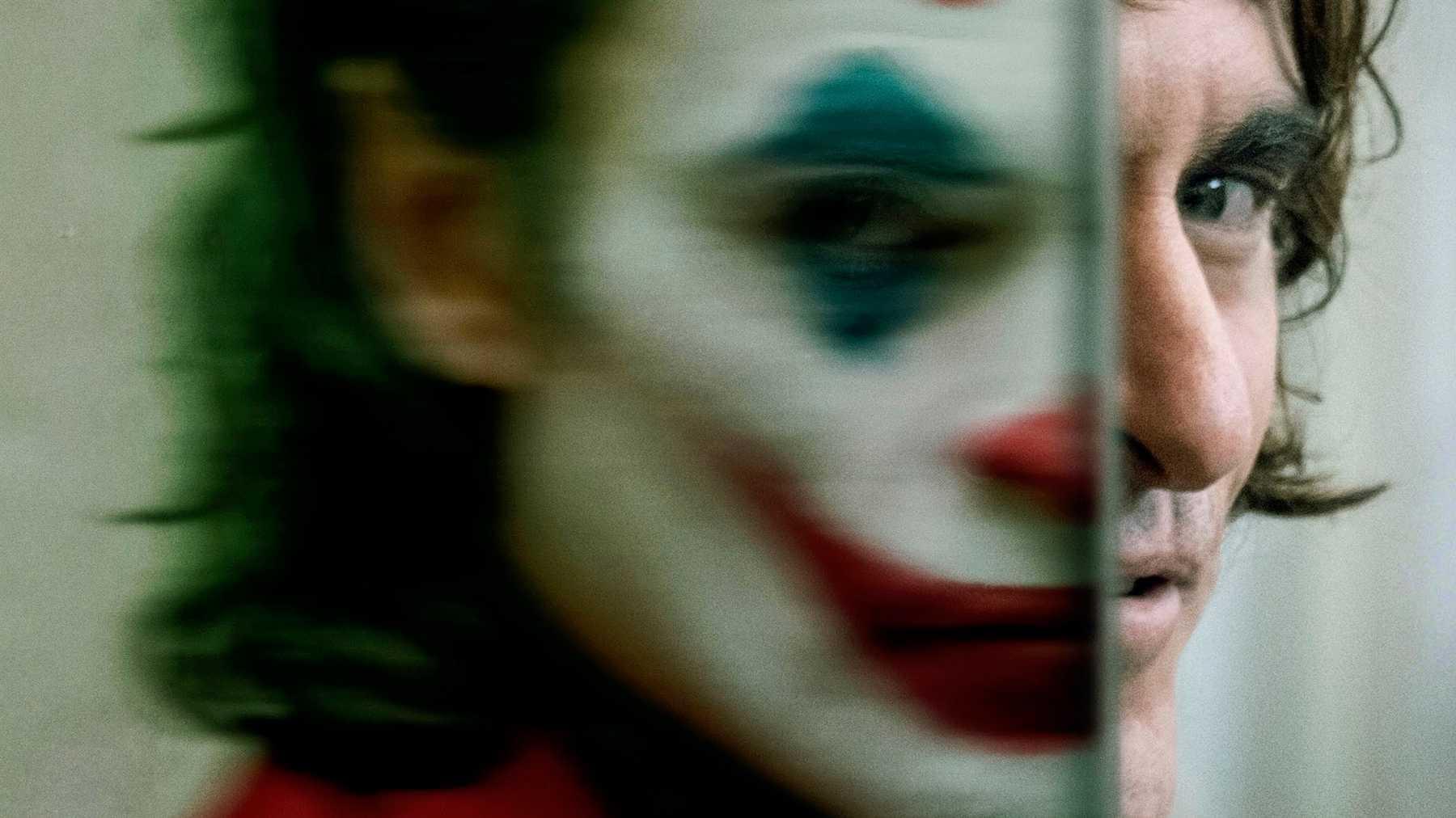 joker-movie-2019-joaquin phoenix
