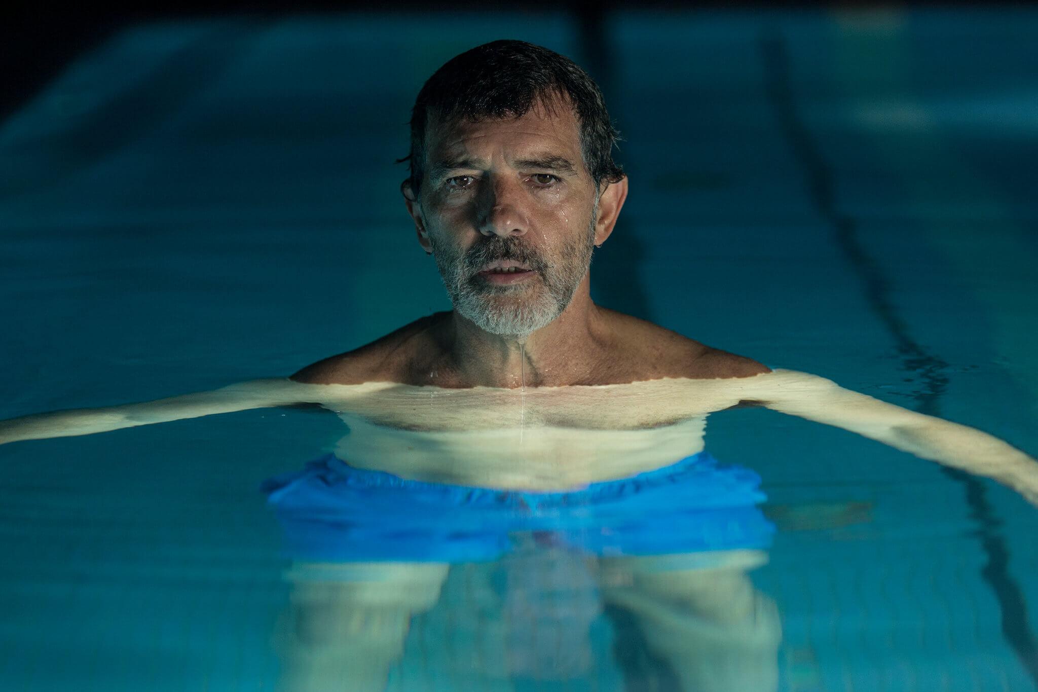 pain-and-glory-2019-movie-pedro-almodovar