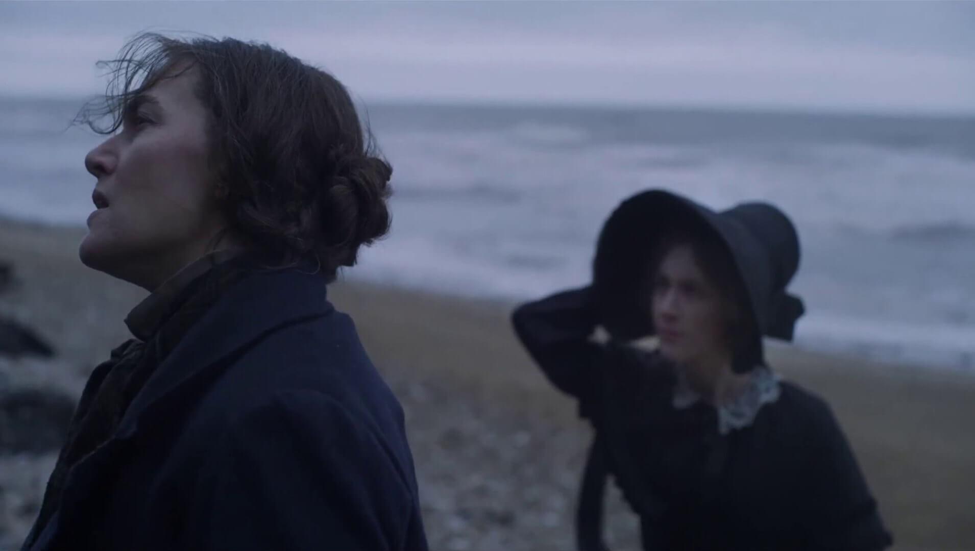 ammonite-movie-2020-kate-winslet-Saoirse-Ronan