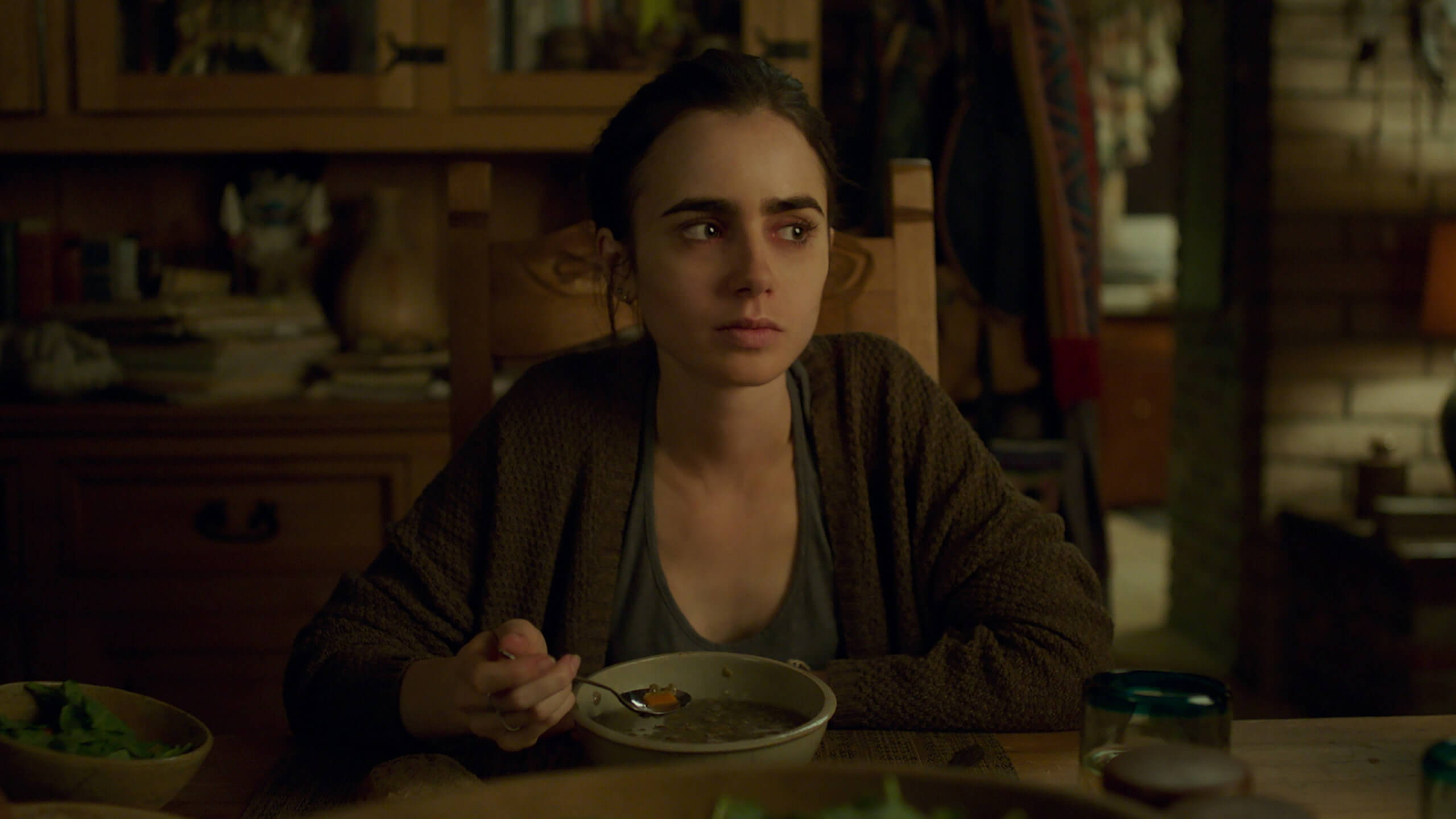 to-the-bone-2017-movie-lilly-collins
